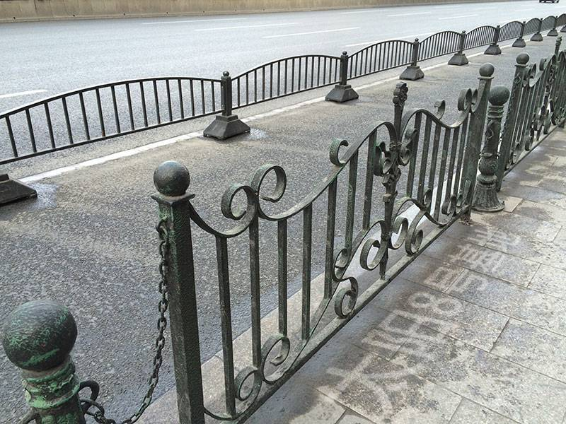建国宾馆门口的漕溪北路